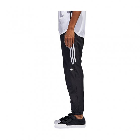 adidas Skateboarding Classic Wind Pants | Black | Training