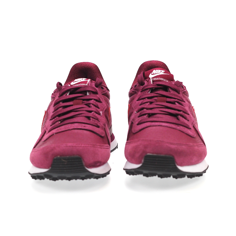 2a0ad2094773 ... Nike Wmns Internationalist
